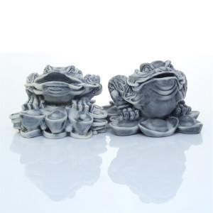 Жаба на серебряных слитках (2 вида)
