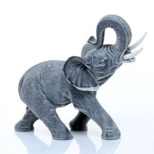 Слоник средний 1 (с торчащими бивнями)