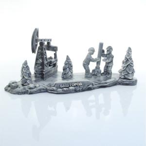 Нефтяники за работой на фоне качалки 2